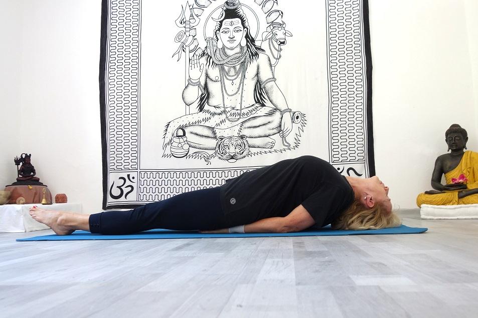matsyasana yogtemple - Yoga Asana Glossary