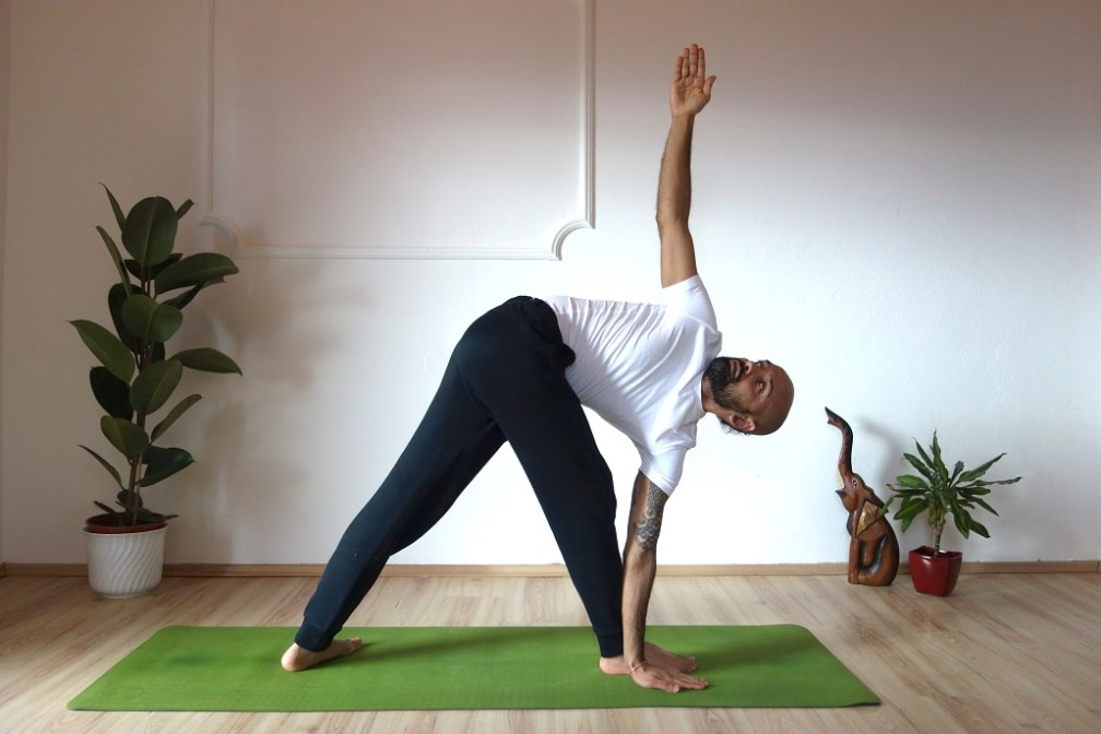 pravrttatrikonasana yogtemple - Yoga Asana Glossary