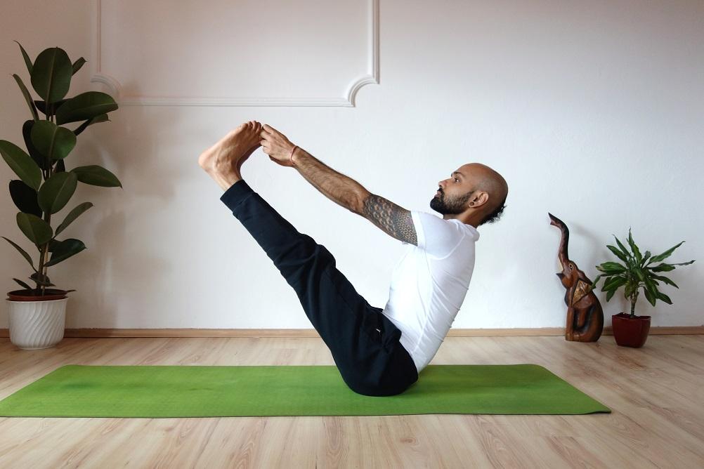 utthitahastamerudanasana yog temple - Yoga Asana Glossary