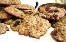 banana raisin oatmeal coconut cookies