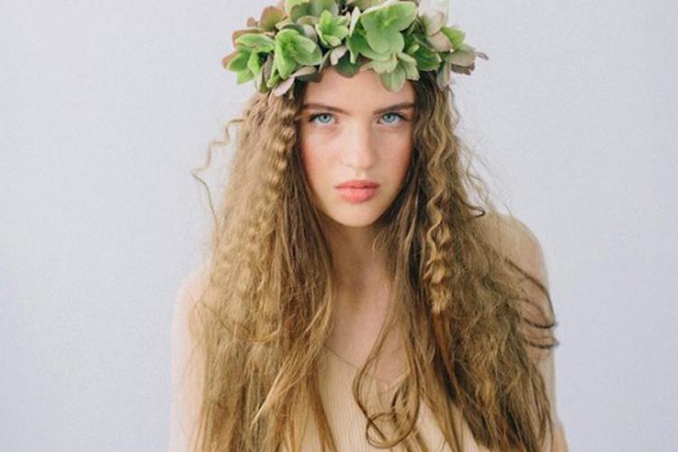how-to-wear-Tocados-de-flores-yohanasant-2