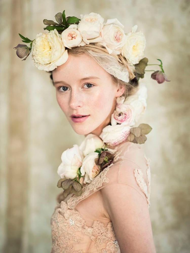 how-to-wear-Tocados-de-flores-yohanasant-5