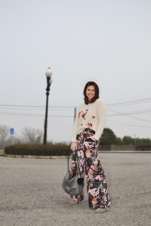 Jersey bordado y pantalón de terciopelo 3