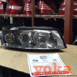 VW Touareg Headlights