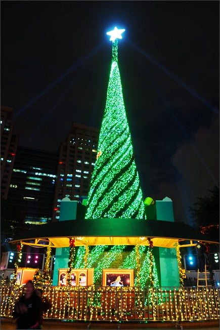 2020新北耶誕城》以迪士尼打造的新北歡樂耶誕城~一起來台北過聖誕