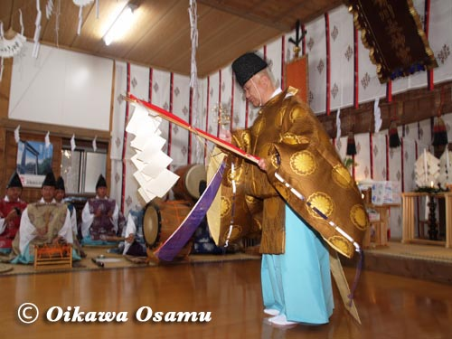 有川大神宮本祭 榊舞 2005