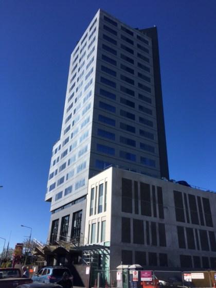 クライストチャーチ 日本領事館 クラウンプラザ ホテル