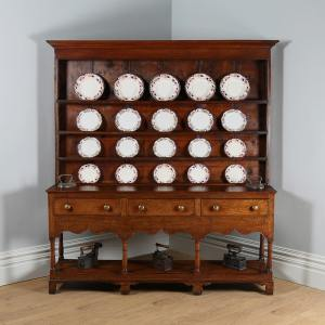 Antique George III Montgomeryshire Oak Potboard Dresser (Circa 1780)