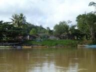 06-Langsat River Walk (800x600)