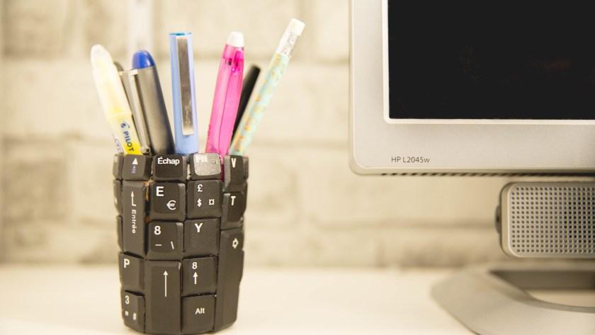 Transformer son vieux clavier en pot à crayon   DIY