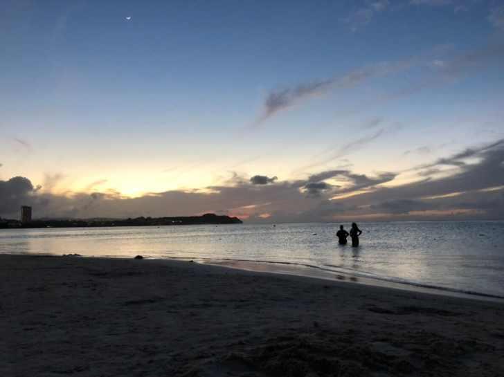 グアムのサンセット「タモンビーチ」