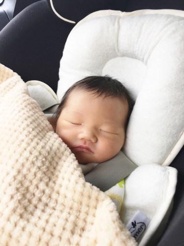 生後1ヶ月の赤ちゃんの外出の頻度や時間や場所について紹介