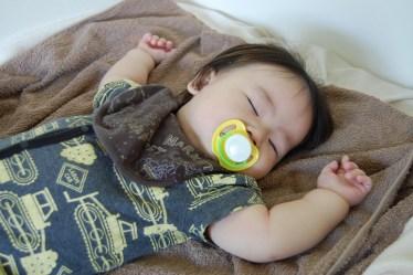 生後5ヶ月の寝かしつけで時間がかからずに寝る方法とは