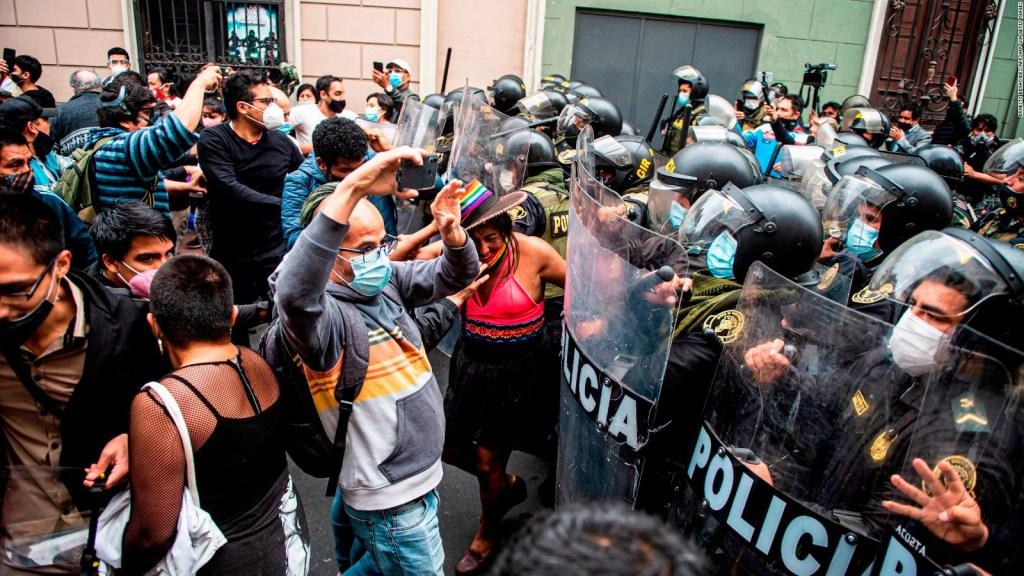 Manifestaciones en Perú contra la designación de Merino