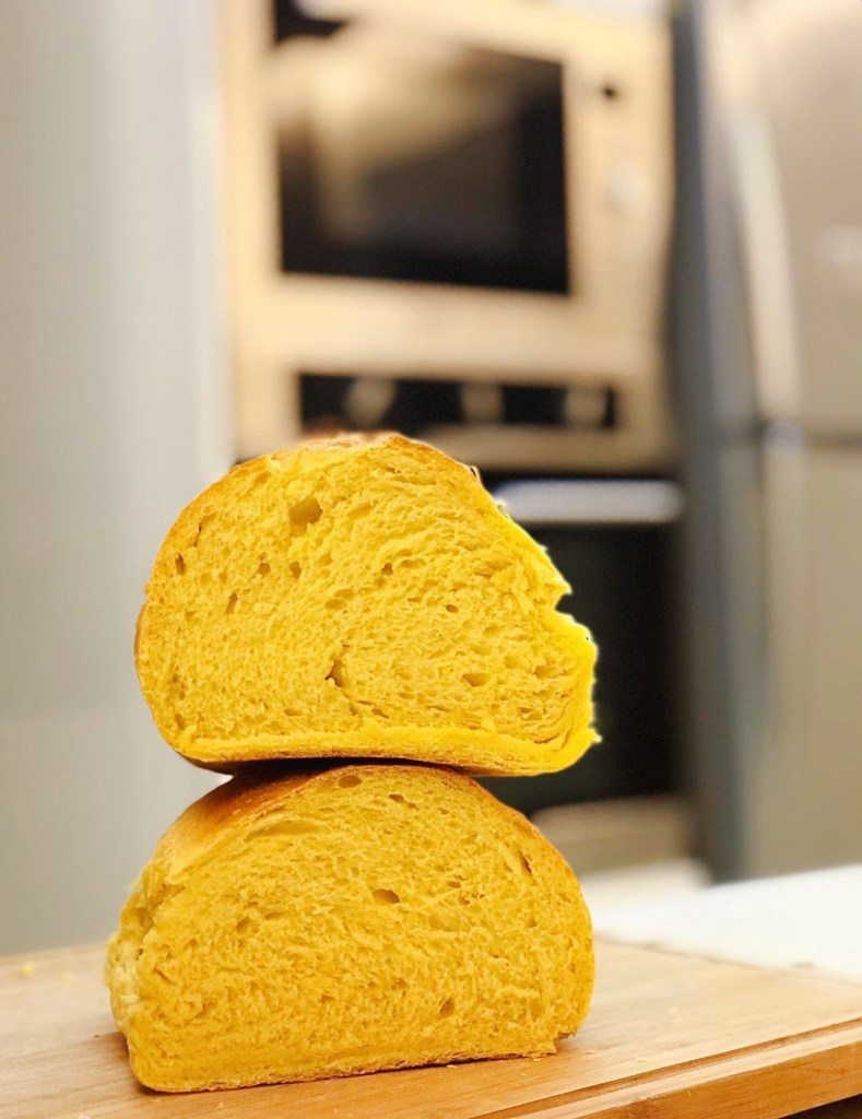 Easy Pumpkin Artisan Bread