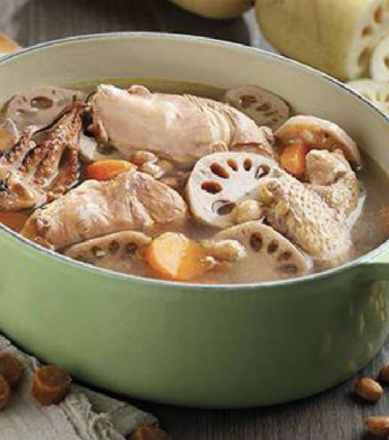 Lotus Roots with Peanut and Chicken Soup