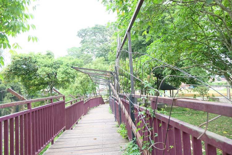 jembatan selfie di Ngarai Maaram Bukittinggi