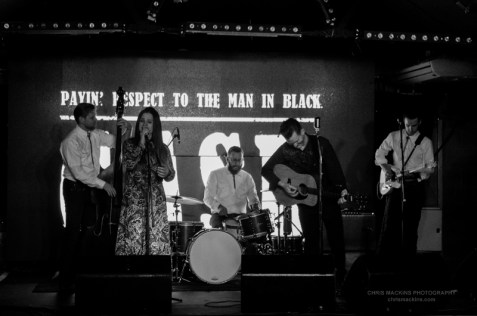 cash-payin-respect-to-the-man-in-black-14