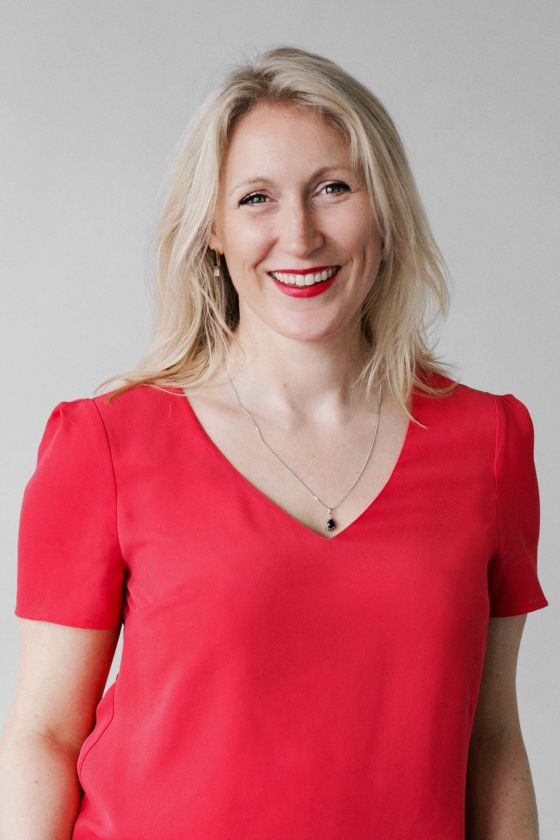 Here is a poto of Catherine Ellis. The author of this guest post - Cycling Chhristmas Gift Guide.
