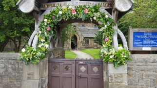 Church Lychgate Garland