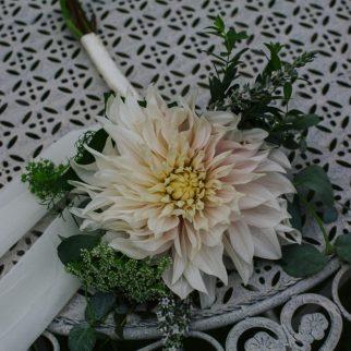 Cafe au Lait Bridesmaid Bouquet. Photo: Tim Dunk Photography.