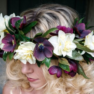 Hellebore and Narcissus Flower Crown