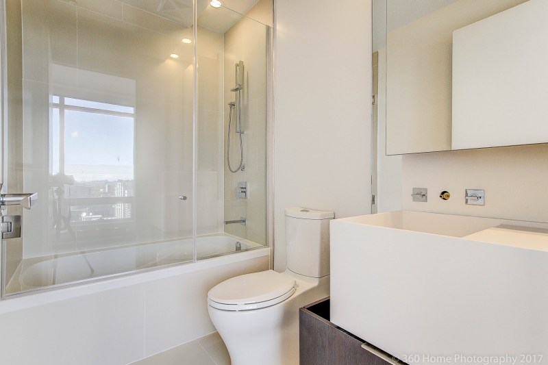 1 Bloor East - Condos for Sale - Bath - Call Yossi Kaplan MBA