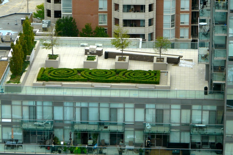 18 YORKVILLE CONDOS - TERRACE PATIO - CONTACT YOSSI KAPLAN