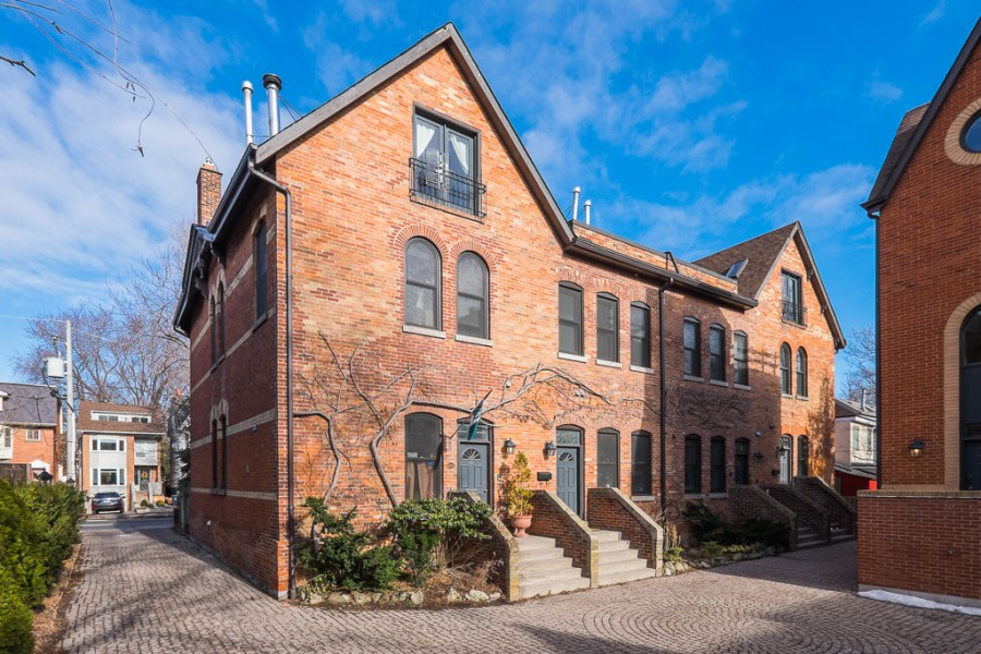 LUXURY FOUR STOREY TOWN HOME - 41 SPRUCE ST - CONTACT YOSSI KAPLAN