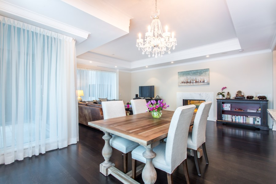 206 BLOOR WEST - THREE BED FOR SALE - CONTACT YOSSI KAPLAN