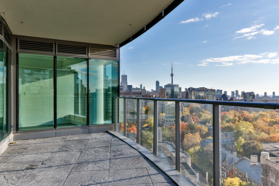 77 CHARLES WEST PENTHOUSE TERRACE - CONTACT YOSSI KAPLAN