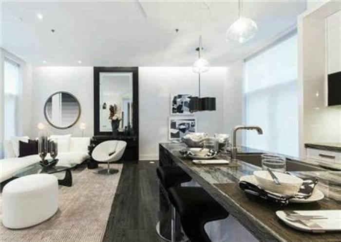 U CONDOS TOWNHOME FOR SALE - CONTACT YOSSI KAPLAN
