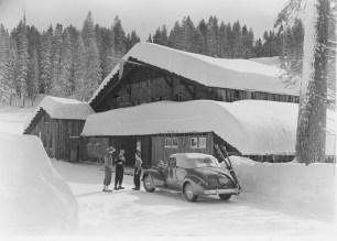 Ski House Car_1940