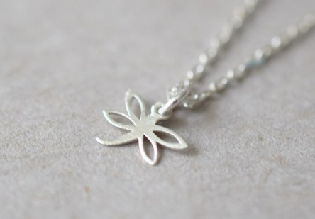Bracelet tiny Clover Leaf