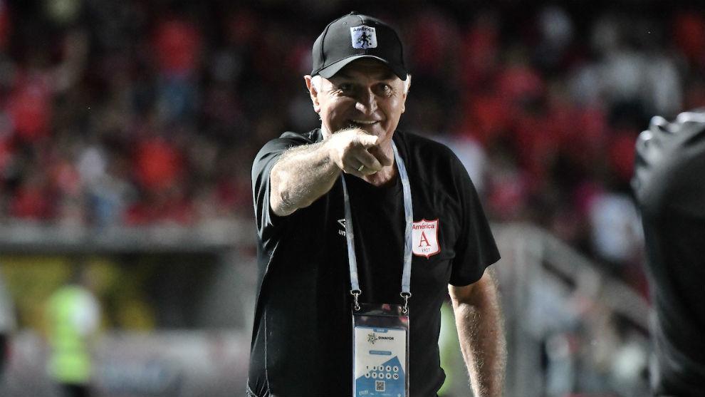 Fernando Castro dio sus impresiones de lo que fue su salida de América de Cali.