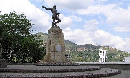 Estatua de Sebastian De Belalcazar, el fundador de Cali.