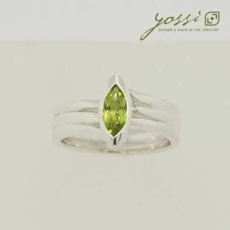 Marquis Cut Peridot & Sterling Silver Ring 6