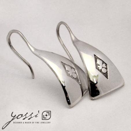 Baron Triangular Drop Earrings 3
