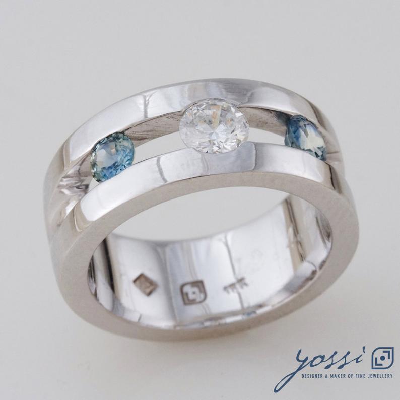 Sparkling Marine Statement Ring | Diamond, Sapphire & White Gold 38