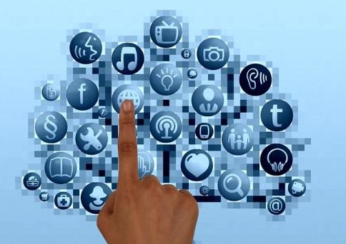 メール管理ソフト