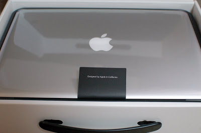Macbook Pro 13inch Package