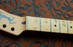 fender-relic-telecaster-fretboard