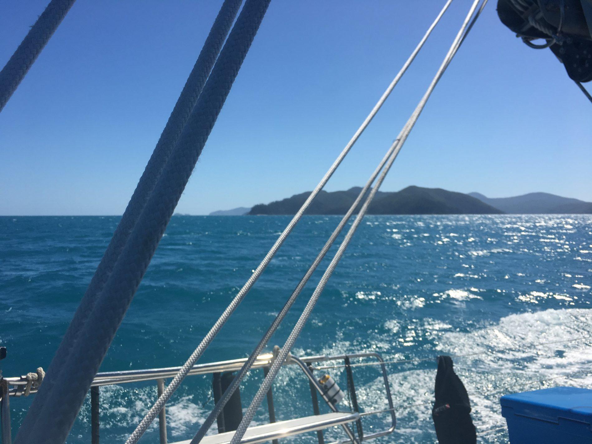 Whitsunday Islands Sailing Tour