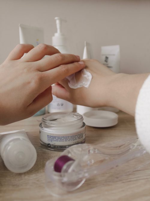 10 Best Moisturizers For Dry Skin in 2020