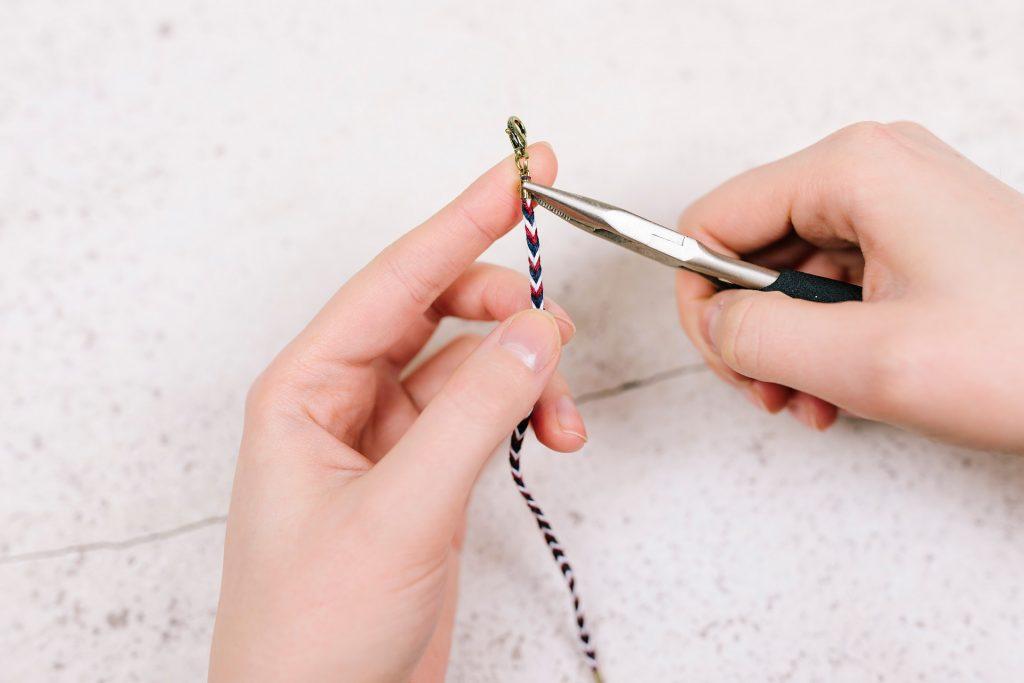 Klemmverschluss an Armband anbringen - YouandIDIY