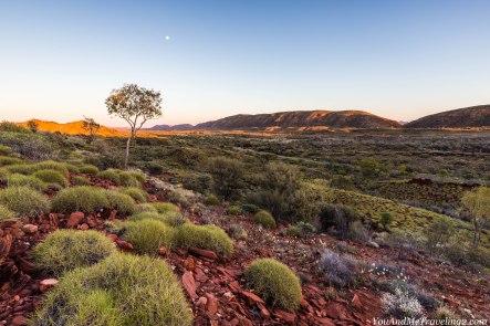 australia-macdonnell-ranges-sunrise-5986