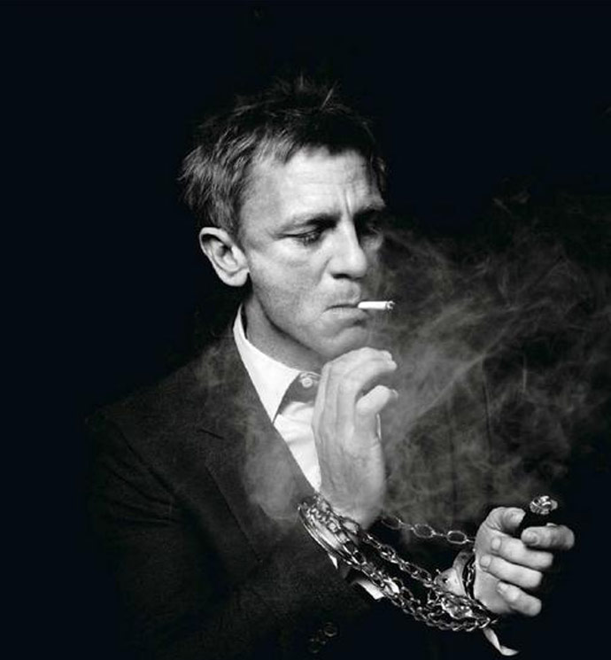 Etwas Neues genug James-Bond-smoking - You Be Relentless @VU_29