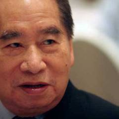 How Henry Sy Sold Shoes For A Living A Built A Billion Dollar Empire