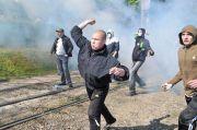 Во Львове — драка с полицией из-за концерта группы, выступающей на русском языке