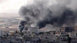На видео запечатлены кадры уничтожения здания Разведки ВВС (Мухабарат) в районе Аз-Захра города Алеппо.